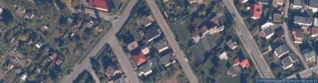 Zdjęcie satelitarne Broniewskiego 19