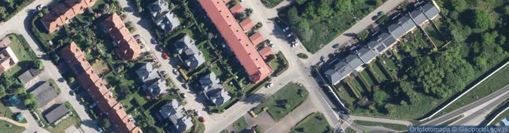 Zdjęcie satelitarne Franciszkańska 111