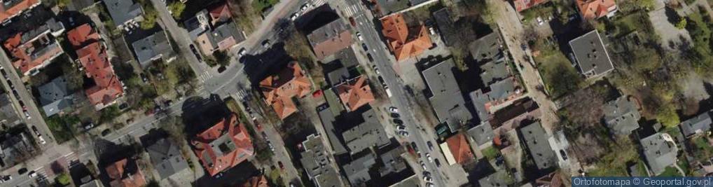 Zdjęcie satelitarne Grunwaldzka 36
