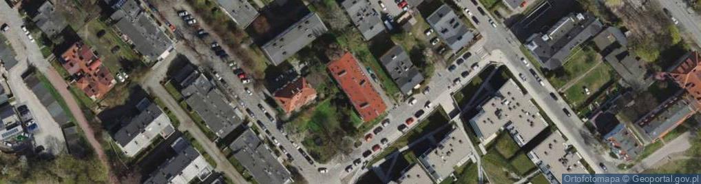 Zdjęcie satelitarne Okrzei Stefana 15