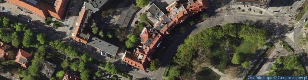 Zdjęcie satelitarne Plac Powstańców Śląskich 11