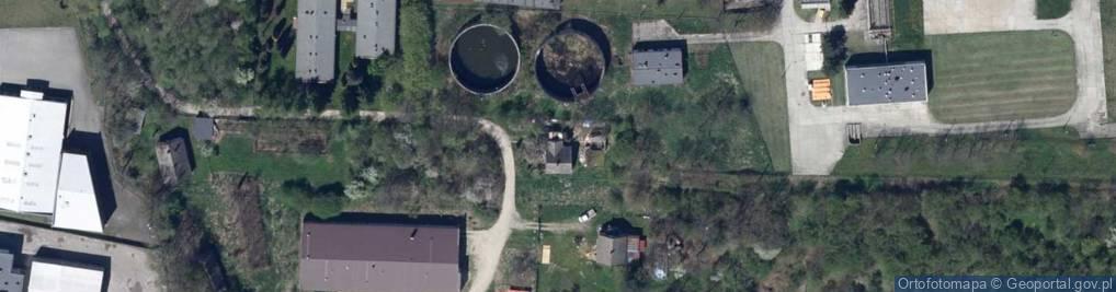 Zdjęcie satelitarne Stefana Batorego 44