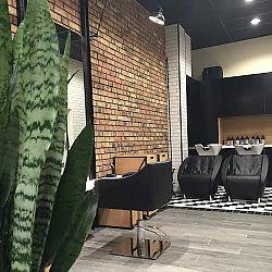 Salon Urody Fryzjer Holistic Hairnails Plac św Kingi 1 32 700